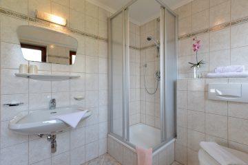 Appartements-Steindlhof-Schwendau-Dorf-161-Fam-Sporer-Appartement-1-Badezimmer
